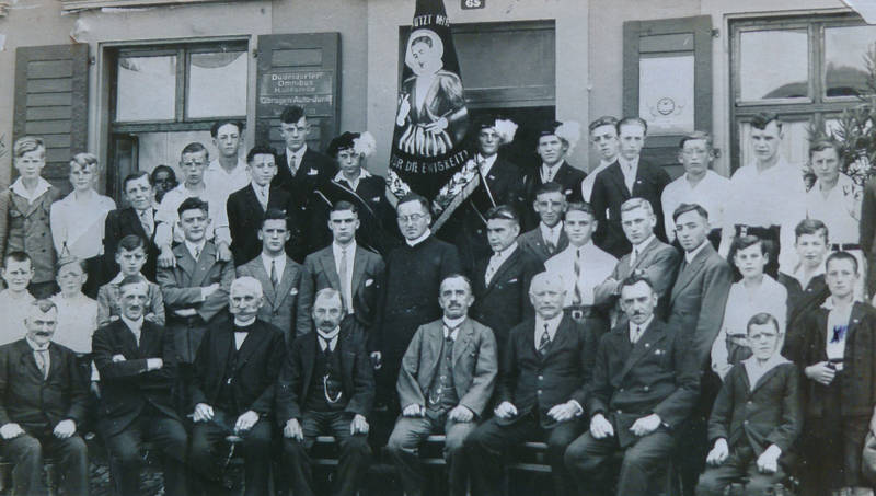 biewer, fahne, Gruppenbild, Jünglingsverein