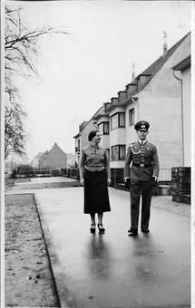 Geschwisterpaar in Köln Niehl