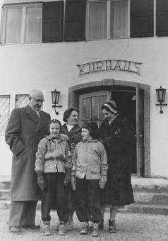 Vorm Kurhaus