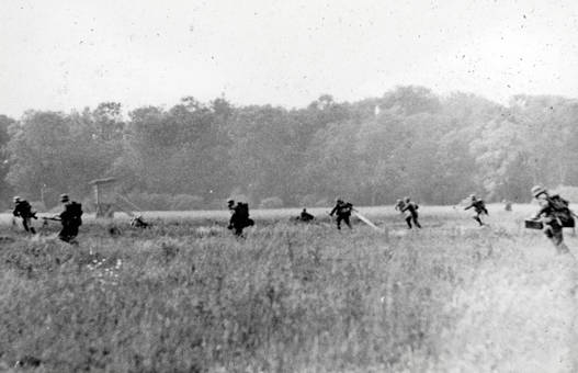 Laufende Soldaten