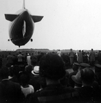 Dem Zeppelin nachschauen