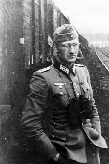 Fernglas, NS, oberleutnant, offizier, Schiene, soldat, Uniform, zug, zweiter weltkrieg