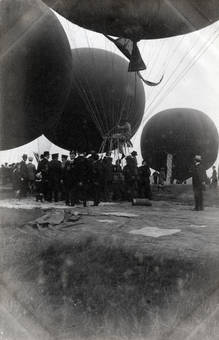 Unter den Gasballons