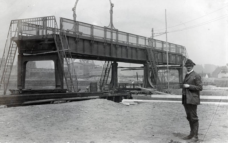 brücke, crange, Fass, hut, Rhein-Herne-KanaL, Schleuse, Schleusenbrücke, Treppe, wanne, Wanne-Eickel