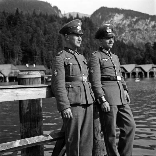 2.Weltkrieg, Bergsee, Königssee, schönau, soldat, Steg, Uniform, Wehrmacht