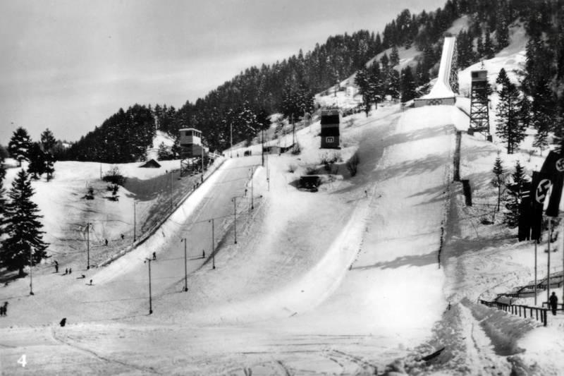 Hakenkreuzflagge, NS, Olympia-Skistadion, schnee, Ski, Skisport, Skistrecke, Stadion, zweiter weltkrieg