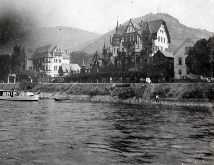 Assmannshausen, gebäude, haus, Hotel Krone, Rhein, schiff, Ufer