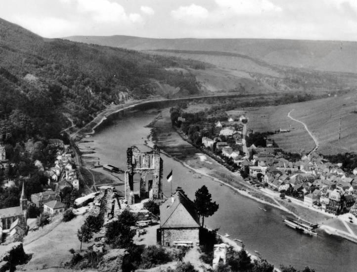 Ausblick, Aussicht, flagge, grevenburg, Mosel, Ruine, schiff, Traben-Trarbach