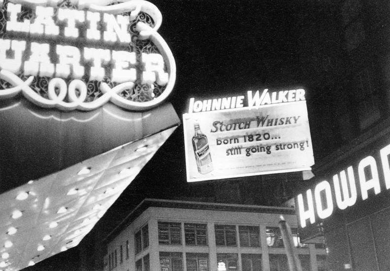 born 1820..still going strong!, johnnie walker, Metropole, new york, New York City, reise, reisen, Reklame, reklametafel, Schild, Scotch, scotch whisky, urlaub, Urlaubsreise, usa, Vereinigte Staaten, verreisen, Whisky