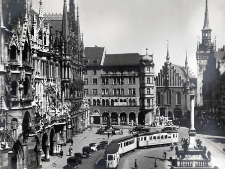 Straßenbahn am Marienplatz