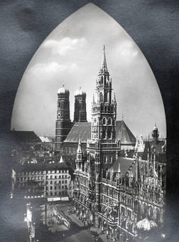 Rathaus & Frauenkirche