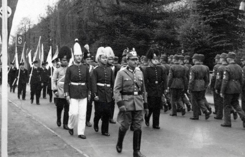 fahne, hakenkreuz, Hakenkreuzflagge, Marsch, NS, straße, Uniform