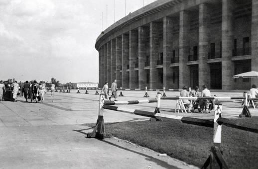 Olympiastadion von außen