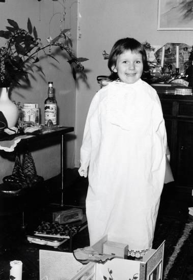 Kindheit, kleidung, mode, Nachthemd, Teppich