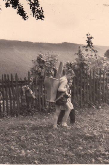 Bauernhof, Ernte, Kindheit, Landwirtschaft, lederhose