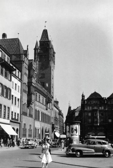 auto, KFZ, Litfaßsäule, Marktplatz, mode, PKW, Rathaus, turm