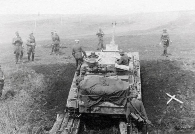 Graben, NS, Panzer, Uniform, Wehrmacht, zweiter weltkrieg
