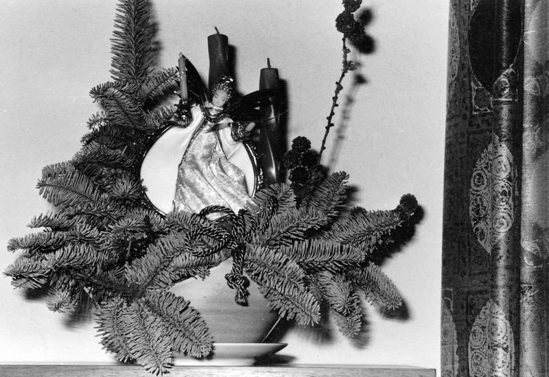Dekoration, familie, Familienfeier, Kerze, tannenzweig, Weihnachten, weihnachtsdeko, weihnachtsdekoration, Weihnachtsfeier, weihnachtsfest, weihnachtsornament, Weihnachtszeit