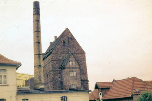 Schornstein vor der Burg