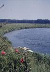 Paddelboot am Ufer der Lippe