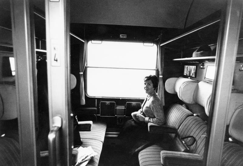 abteil, DB, Deutsche Bahn, deutsche bundesbahn, Fenster, reisen, Schiebetür, sitz, sitzen, sitzplatz, zug, Zugabteil, zugfahrt