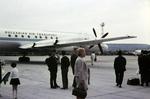 Vor dem Flugzeug