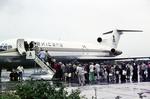 Einstieg ins Flugzeug