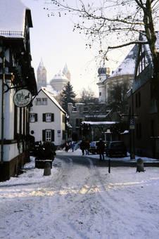 Verschneites Speyer