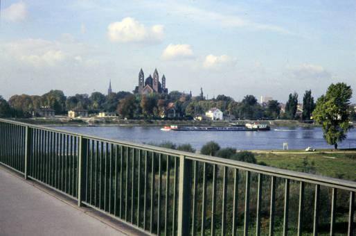 Ausblick von der Salierbrücke