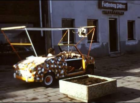 Der kleine Karnevalswagen