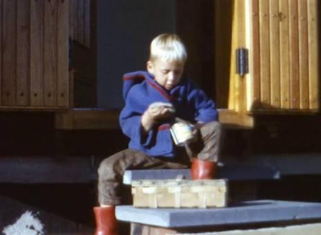Spielzeug und Dose