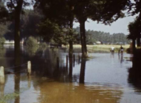 Barfuß bei Hochwasser