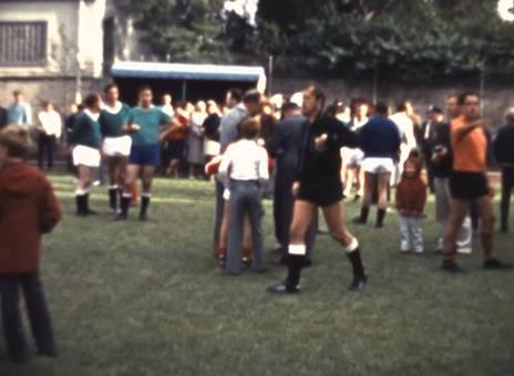 Fußballspiel in Düren