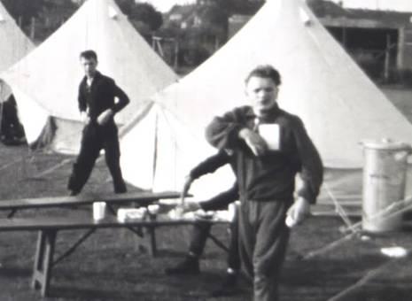Im Zeltlager
