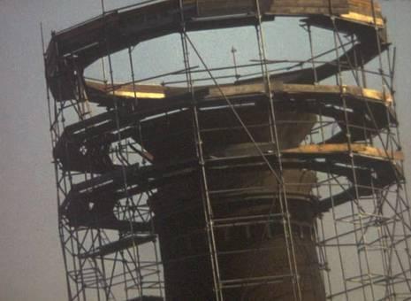 Abrissarbeiten am Wasserturm