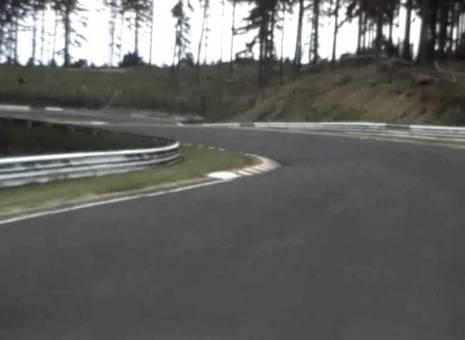 Fahrt auf dem Nürburgring