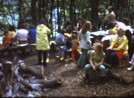 Spießbraten im Wald