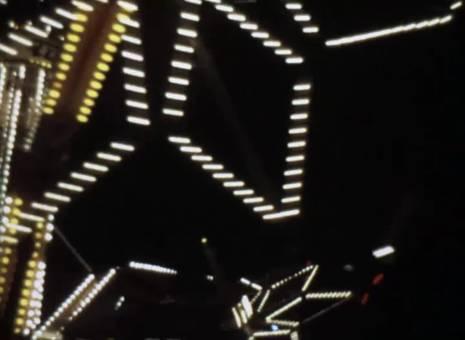 Leuchtende Kirmes