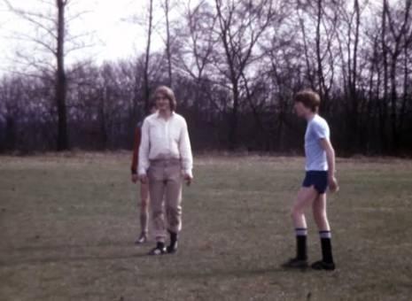 Fußballspiel unter Freunden