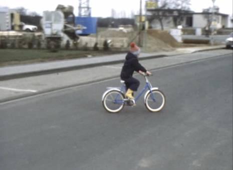 Fahrradfahrt vor dem Haus